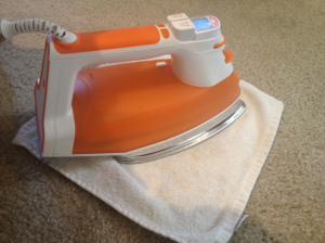clean-carpet-with-iron-and-vinegar-homemakerchic-com