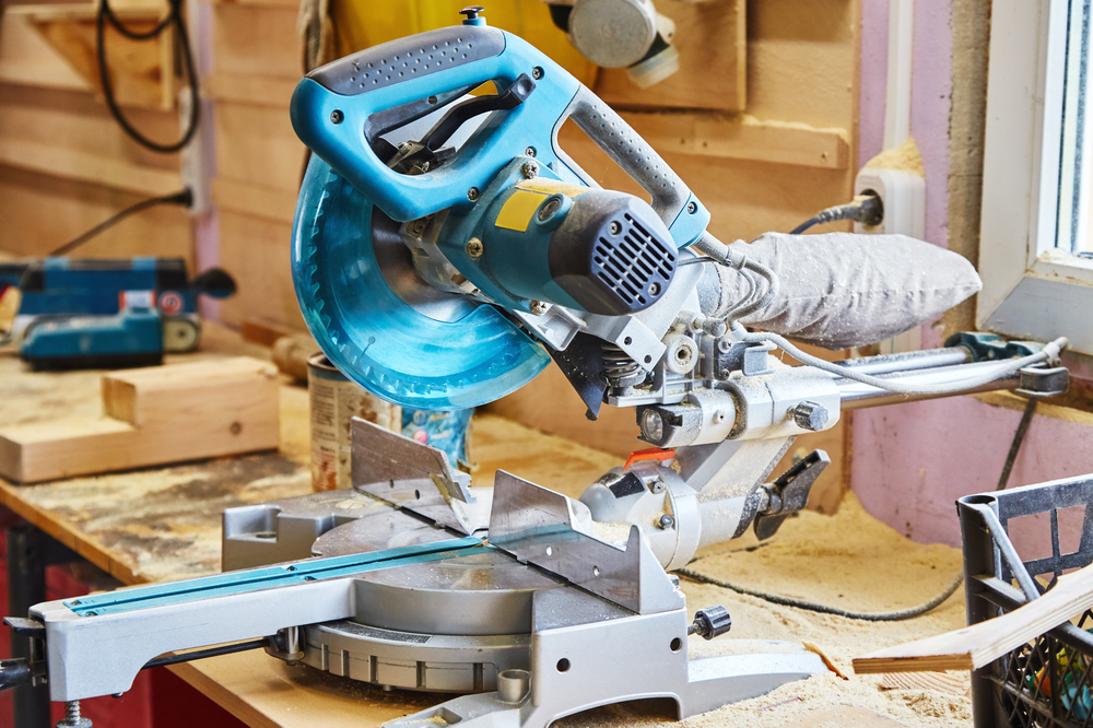 How To Cut Baseboard Corners Without Miter Saw
