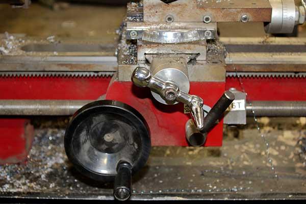best mini lathe for metal